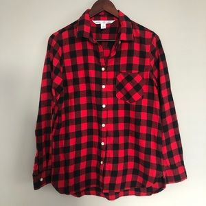 """Old Navy """"The Classic"""" Button Down Plaid Shirt ❣️"""